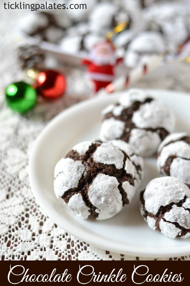 Fudgy chocolate crinkle cookies