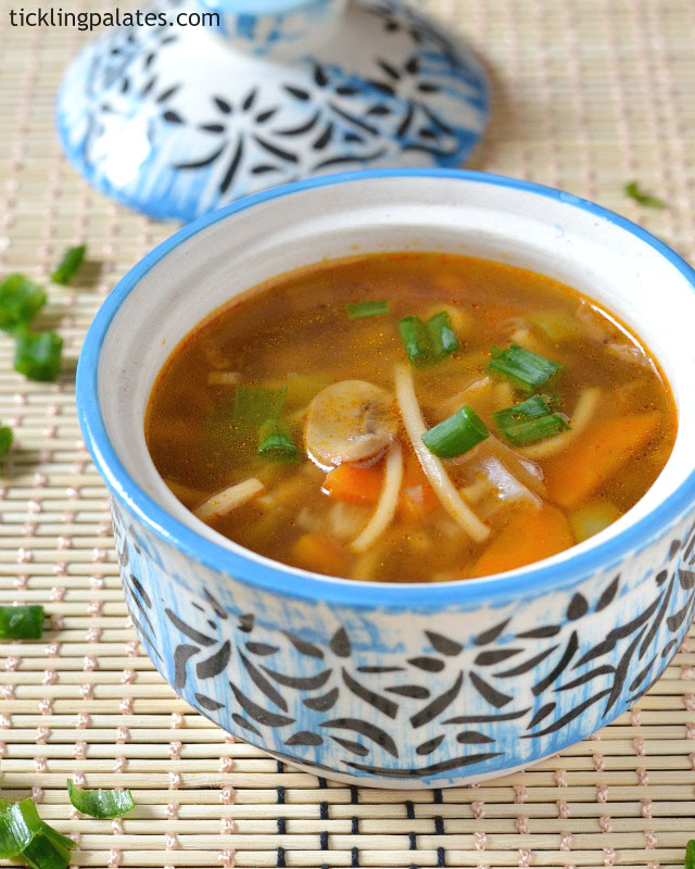 Veg-chowmein-soup-recipe